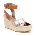 NIB Donald J. Pliner Women's Ines Wedge Leather Sandals in Silver