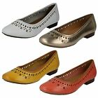 Ladies Clarks Flats Style - Henderson Hot