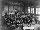 1900 CHICAGO BOARD OF TRADE STOCK EXCHANGE FLOOR PHOTO Largest Sizes