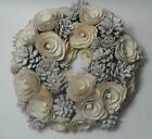 Beautiful delicate pine cone Christmas wreath decoration ivory & silver