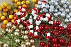 50 x Red Gold Artificial Holly Berries Pomegranate15mm Christmas Wedding Decor