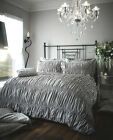Luxury Silver Crinkle Beauford Design Duvet Set Quilt Cover Set Come In 4 Sizes