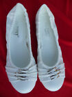 NEW WHITE GIRLS FLAT SHOES KATIE SIZE 10,11