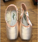 Capezio Glisse 102 Pointe Shoes Original Design
