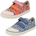 Girls Clarks Brill Ice Inf Pink Or Blue Canvas Doodles Pumps