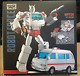 new version, the ambulance MPP-30 transformers G1 alloy version of the toy