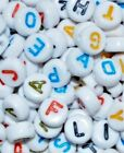100 pcs alphabet acrylic white bead, 7 mm, , colourful letter, flat round, mixed