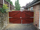 WOODEN DRIVE GATES 20MM THICK BOARD TONGUE & GROOVED FULLY FRAMED & CAPPED