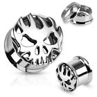 Pair 316L Surgical Steel Skull with Flames Screw Fit Tunnels Plugs Gauges