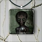 ALIEN EXTRATERRESTRIAL SCARRY VISITOR #3 SQUARE PENDANTS MEDIUM OR LARGE -jne2Z