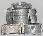 GUESS Presley Printed Zipper Satchel Bag Purse Handbag Sac Wallet Wristlet Set