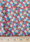 Floral DAISIES : 100% cotton fabric : by the 1/2 metre